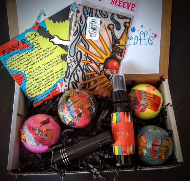 contents of our ttg fan fun box for july