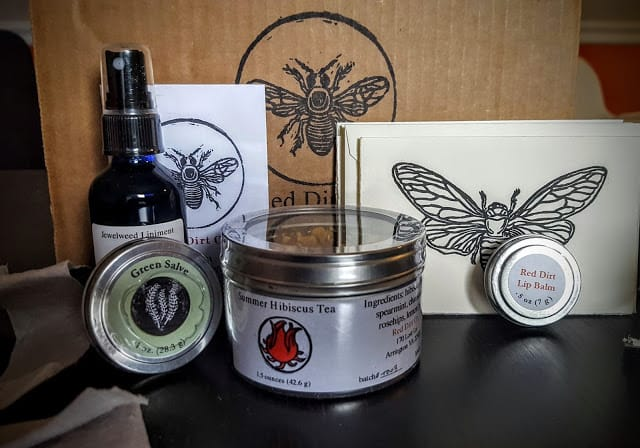 contents of red dirt co subscription box