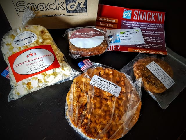 contents of july snack'm box