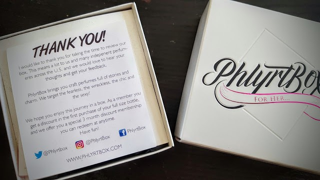 first look inside phlyrt box