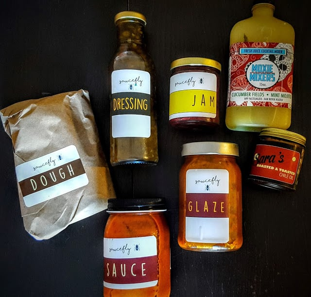 what's inside the saucefly box