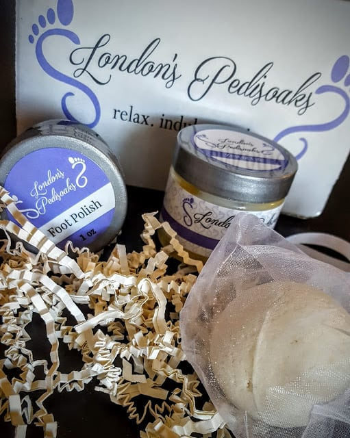 what's in the london pedisoaks box