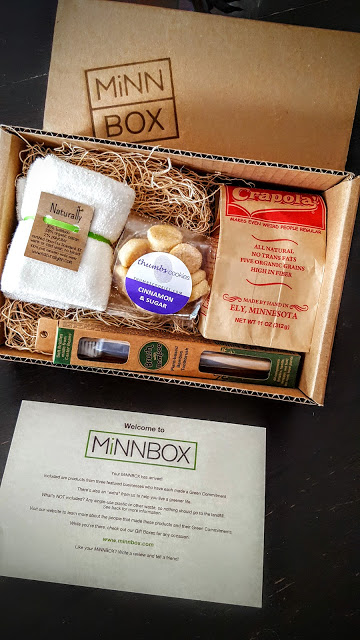 what's in the october minn box