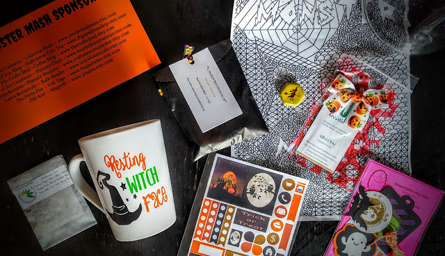 what's in the october crafty mail box