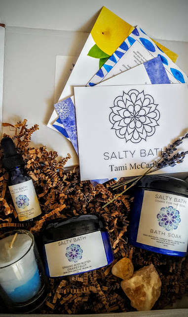 what's in the salty bath subscritpion box