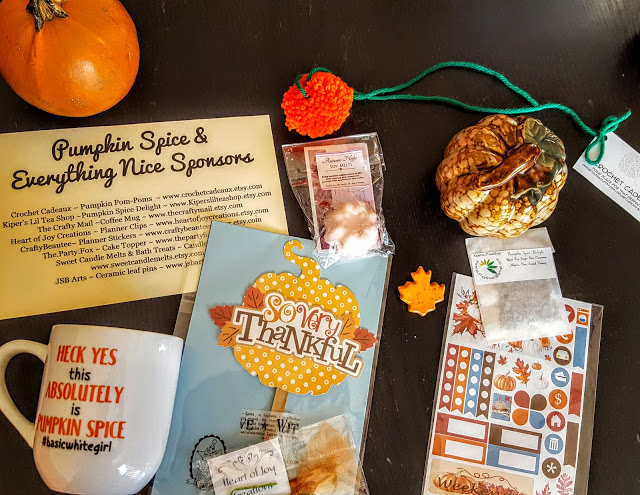 what's in the crafty mail box