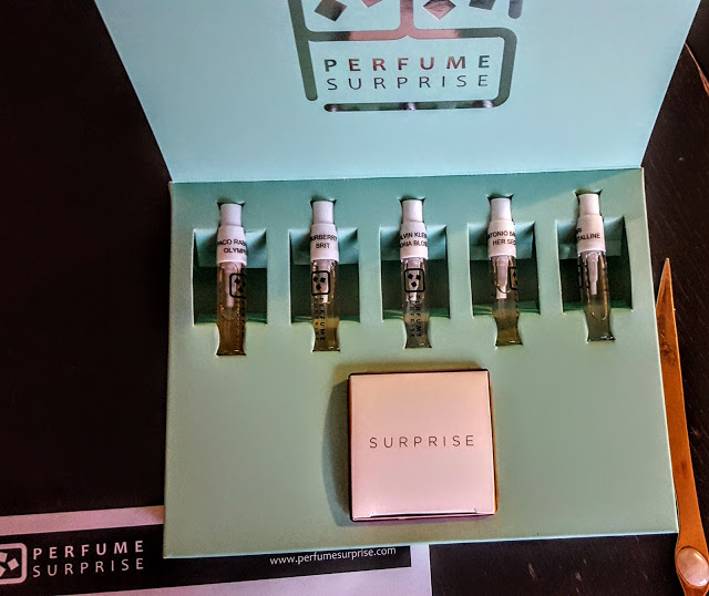 first look inside the perfume surprise box
