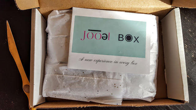 our first look in the jooel box