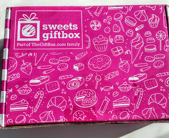 sweets gift box unboxing