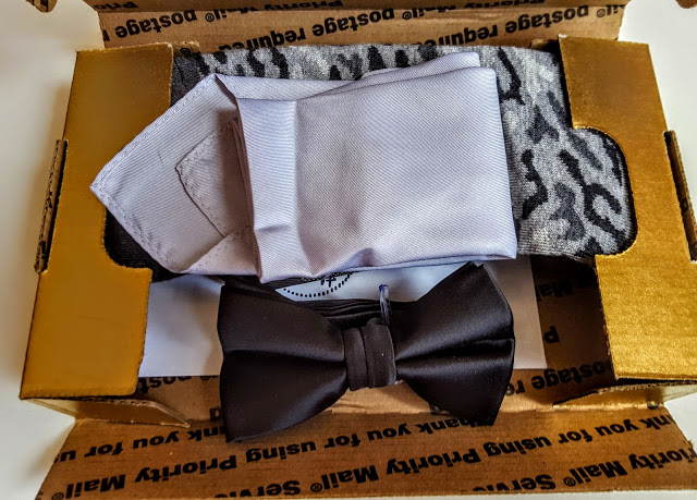 first look in the tie it on box