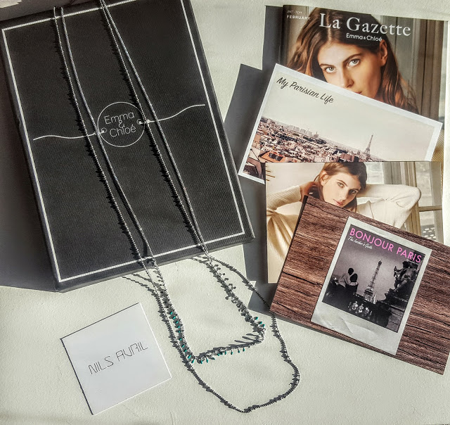 what's in the emma & chloe box
