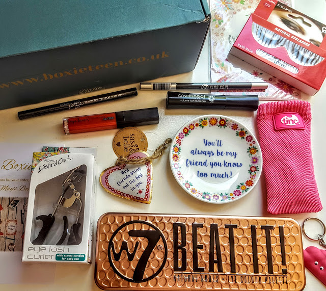 what's in the teen boxie subscription
