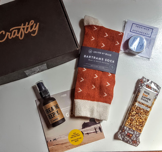what's in the craftly subscription box