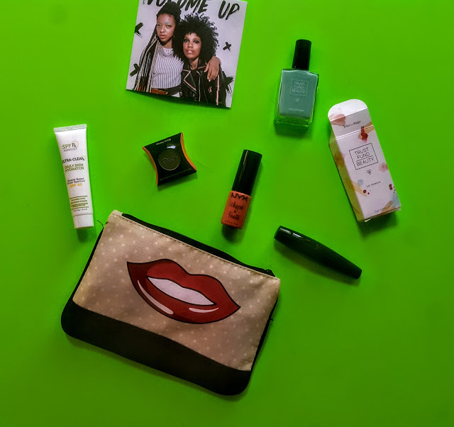 what's in the june ipsy glam bag