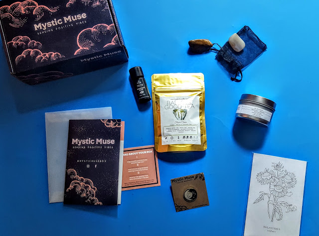 what's in the mystic muse box