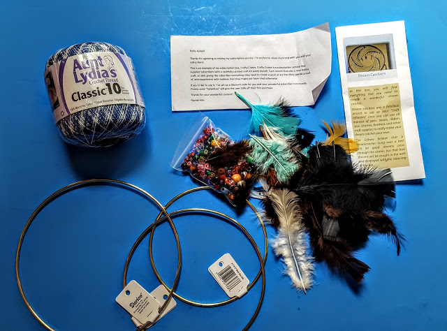 what's in the crafty crate subscription