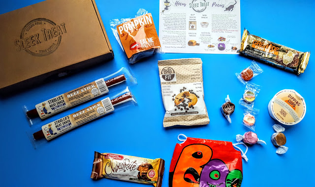 what's in the october sleek treat box