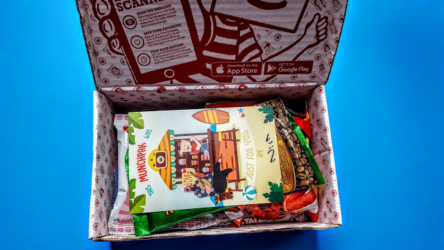 first look in the munchpak box