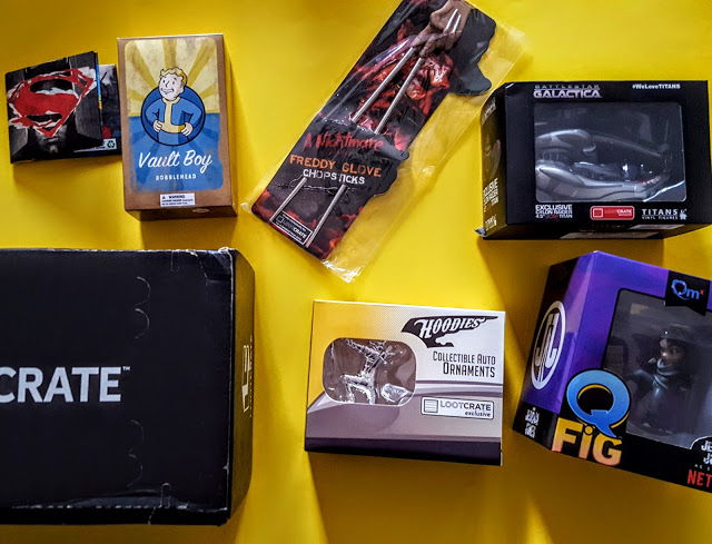 what's in the loot crate box