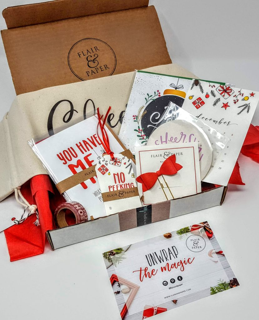 what's in the flair & paper box